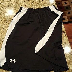 Underarmour shorts